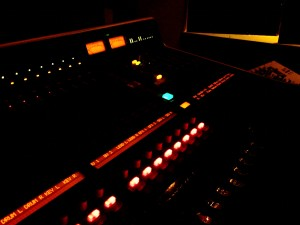 mixing_desk
